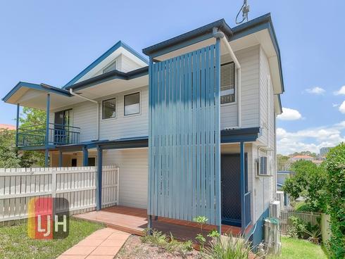 2/46 Scott Road Herston, QLD 4006