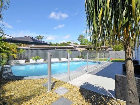 5 Spindle Street Palm Beach, QLD 4221