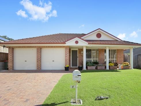 5 Kyliebar Crescent Wadalba, NSW 2259