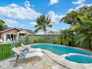 143 Queens Parade East Newport , NSW, 2106