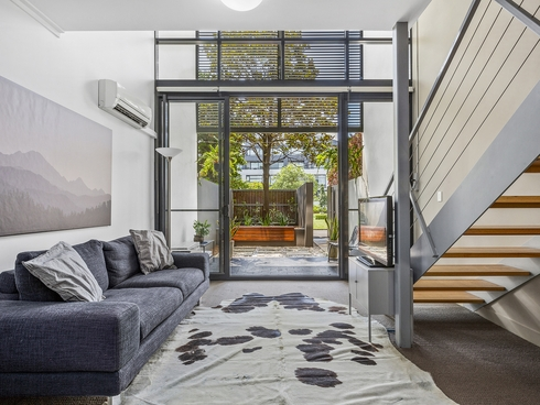 2103/8 Eve Street Erskineville, NSW 2043