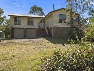 42 Aspen Drive Esk , QLD, 4312