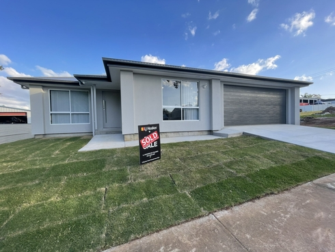 50 Canaipa Point Drive Russell Island, QLD 4184