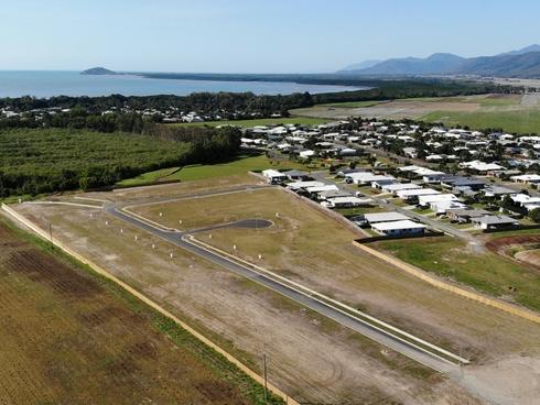 63 Barrbal Drive Cooya Beach, QLD 4873