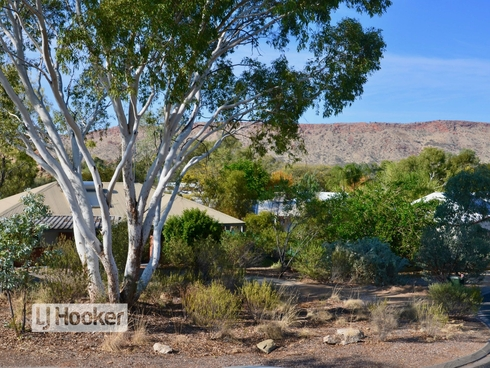 6 Melrose Court Larapinta, NT 0875