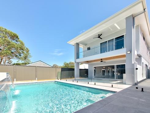 27A Byth Street Stafford, QLD 4053