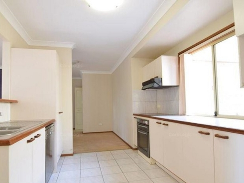 51 Lismore Drive Helensvale, QLD 4212