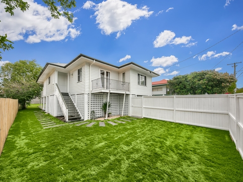 712 Hamilton Road Chermside West, QLD 4032