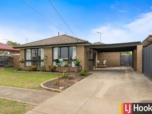65 Mossfiel Drive Hoppers Crossing, VIC 3029