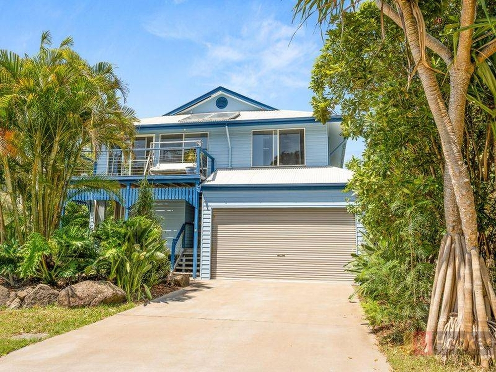 24 Helen Street South Golden Beach, NSW 2483
