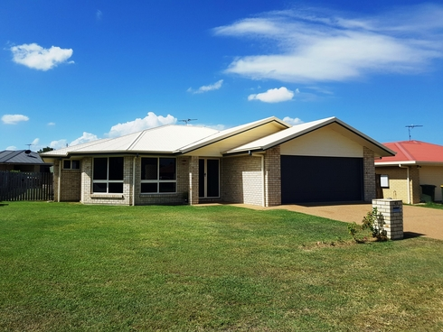 42 Riley Drive Gracemere, QLD 4702