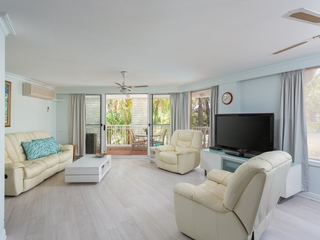 8 'La Grande'/122 Old Burleigh Road Broadbeach , QLD, 4218