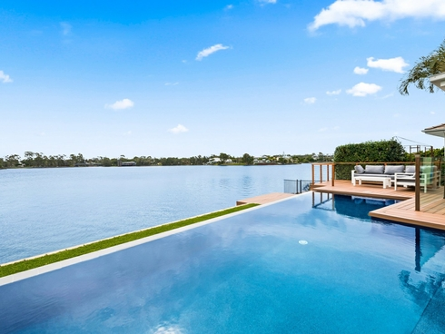 7 Moorings Circuit Twin Waters, QLD 4564