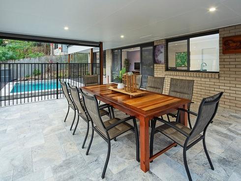 11 Glenaplin Avenue Tarragindi, QLD 4121
