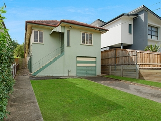 27 Vale Street Wavell Heights , QLD, 4012