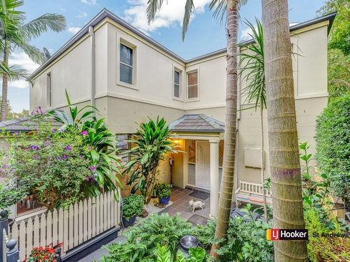 2 Jane Jarvis Way Macquarie Links, NSW 2565