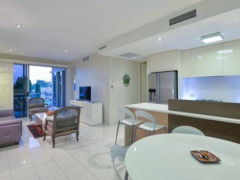 Unit 203/35 Lord Street Gladstone Central, QLD 4680