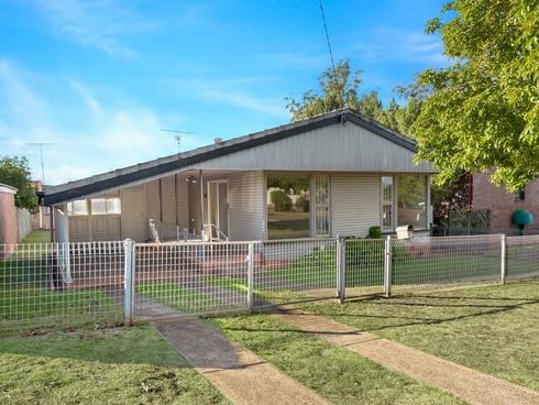 23 Hunter Street Centenary Heights, QLD 4350