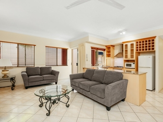 1113/2 Greenslopes Street Cairns North , QLD, 4870