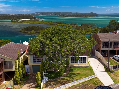 162 Marks Point Road Marks Point, NSW 2280