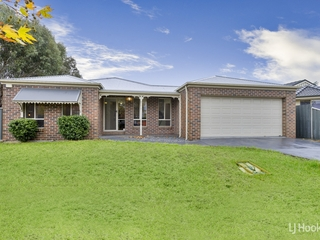 17 Caledonian Way Point Cook , VIC, 3030