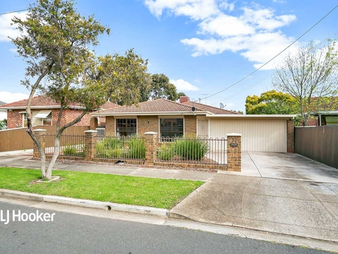 13 Stroud Street Clearview, SA 5085