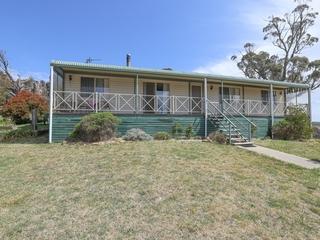 114 Marks Crescent Oberon , NSW, 2787