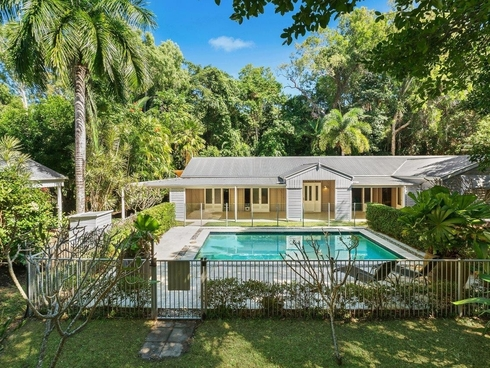 29 Gibson Close Clifton Beach, QLD 4879
