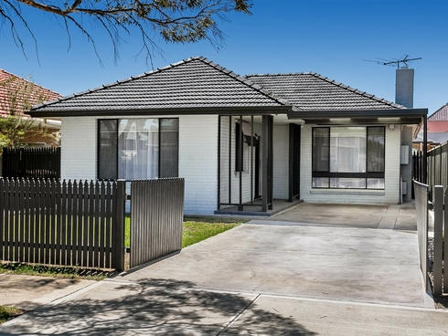 29 Squires Avenue Seaton, SA 5023