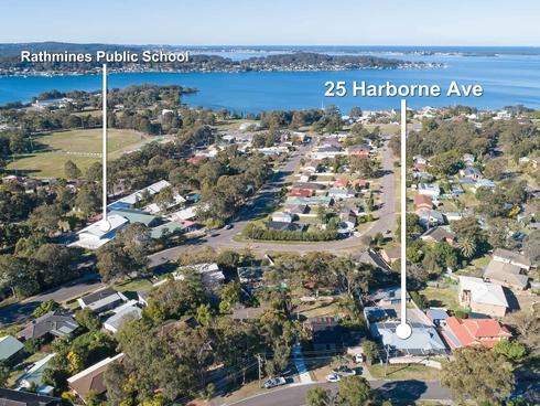 25 Harborne Avenue Rathmines, NSW 2283
