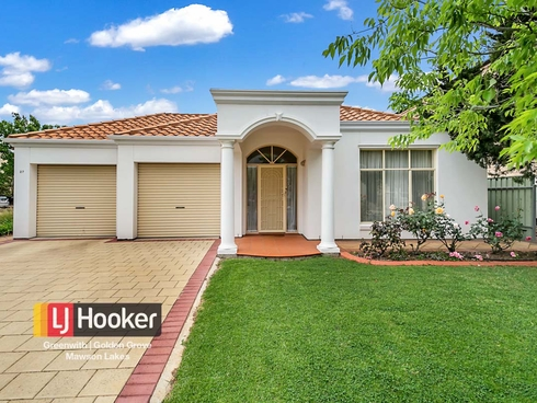 27 Cormorant Way Mawson Lakes, SA 5095