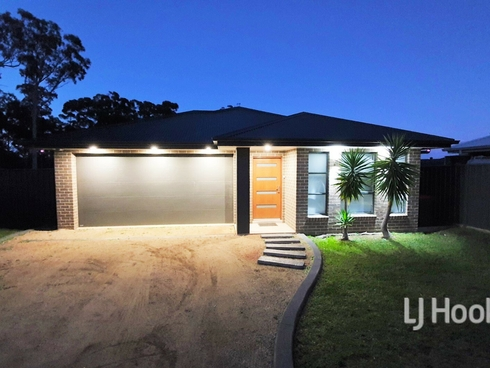 8 Wullun Close Sanctuary Point, NSW 2540