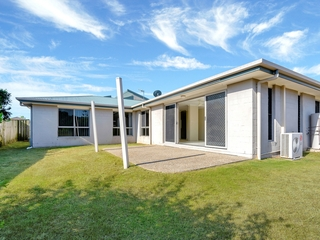 3 Ainsworth Street Pacific Pines , QLD, 4211