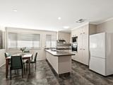 12 Daisy Court Middle Ridge, QLD 4350