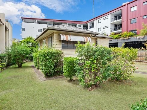 54 Shottery Street Yeronga, QLD 4104