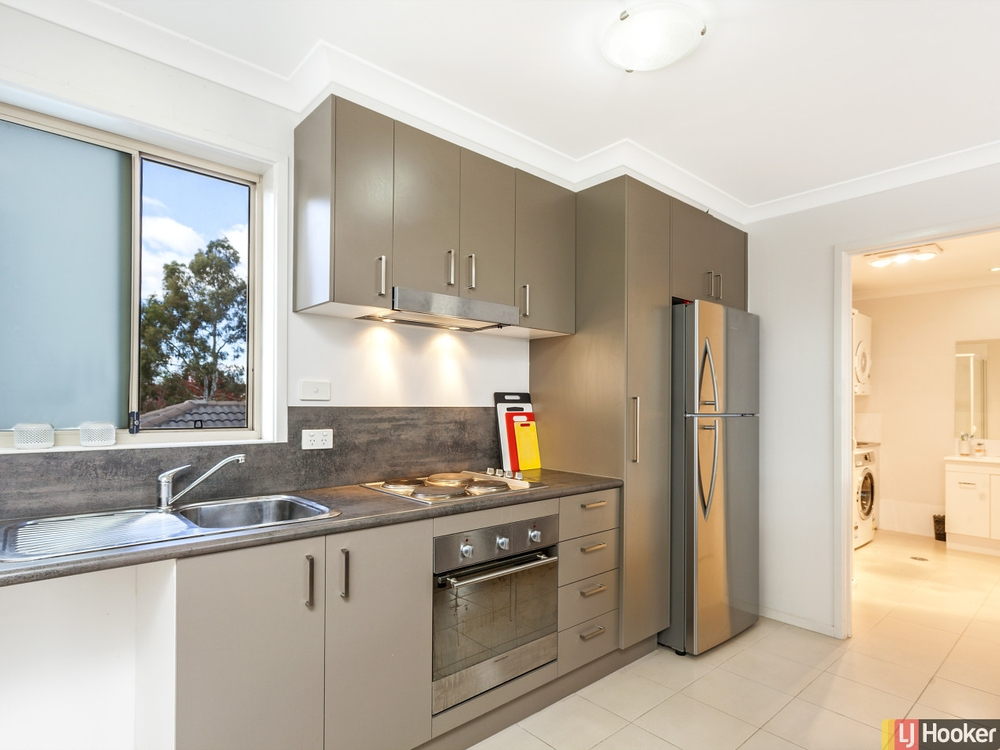 2/28 Jeff Snell Crescent Dunlop, ACT 2615