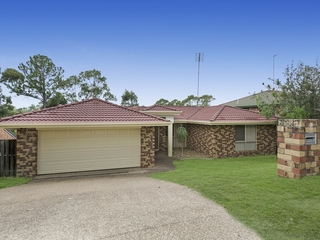 16 Bounty Way Pacific Pines , QLD, 4211