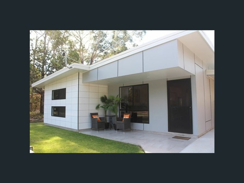 11 Rossi Ave Russell Island, QLD 4184