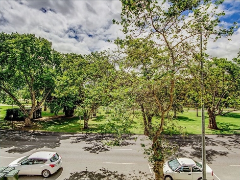 9/134 Mounts Bay Road Perth, WA 6000