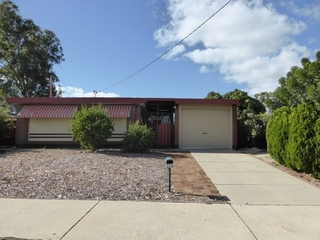 320 Railway Parade East Cannington , WA, 6107