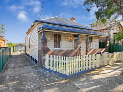 21 Holmesdale Street Marrickville, NSW 2204