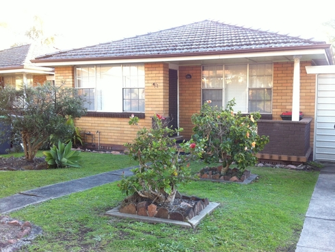 Villa 4/2 Harvard Close Jesmond, NSW 2299