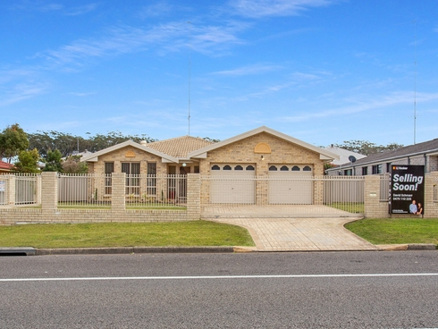 105 Bagnall Beach Road Corlette, NSW 2315