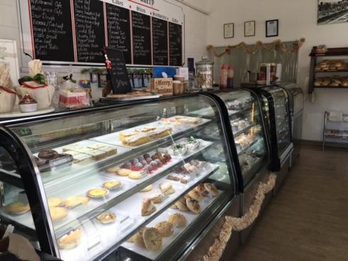 Mossman Bakery/37 Front Street Mossman, QLD 4873