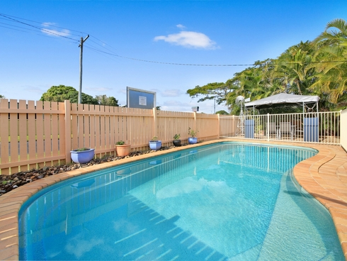 4 Allawah Avenue Palm Beach, QLD 4221