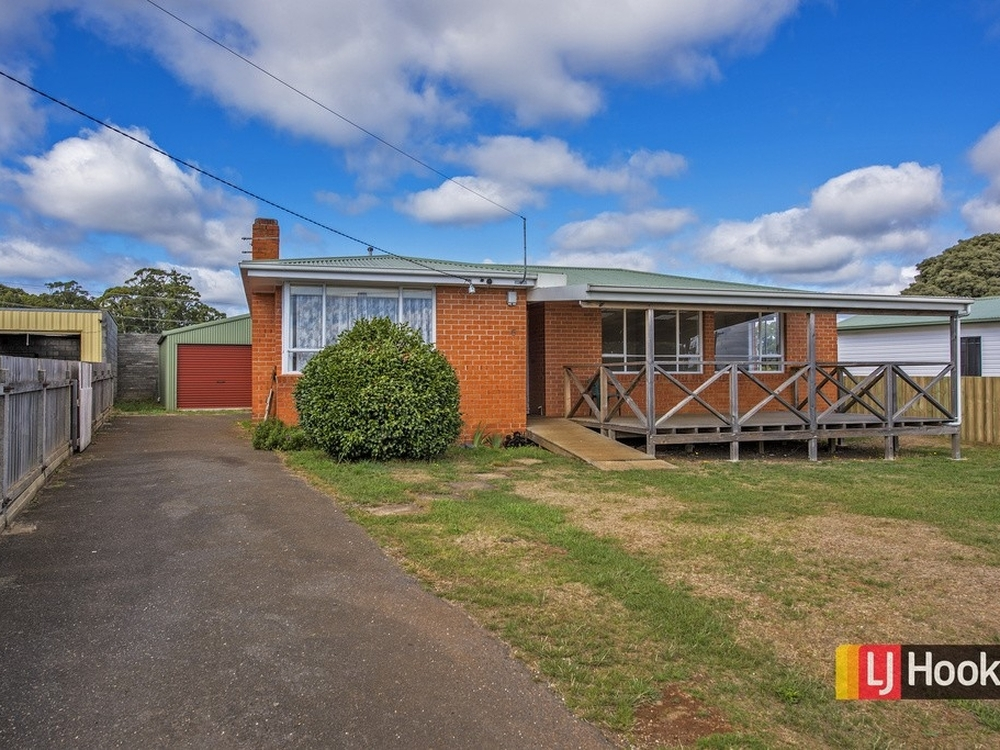 6 Ronald Crescent Somerset, TAS 7322