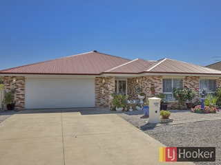 58 Harrier Parade Tamworth , NSW, 2340