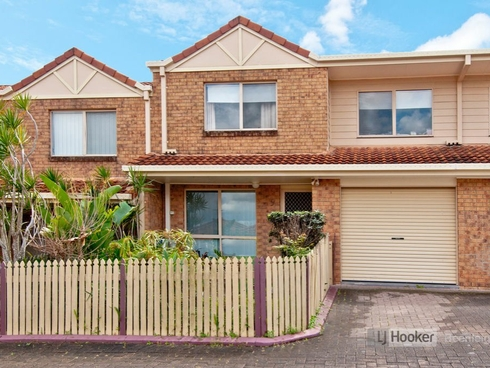 Unit 9/20 Pine Avenue Beenleigh, QLD 4207