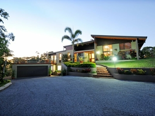 30 Pine Avenue West Gladstone, QLD 4680