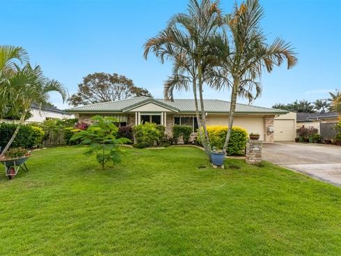 34 Harold Tory Drive Yamba, NSW 2464